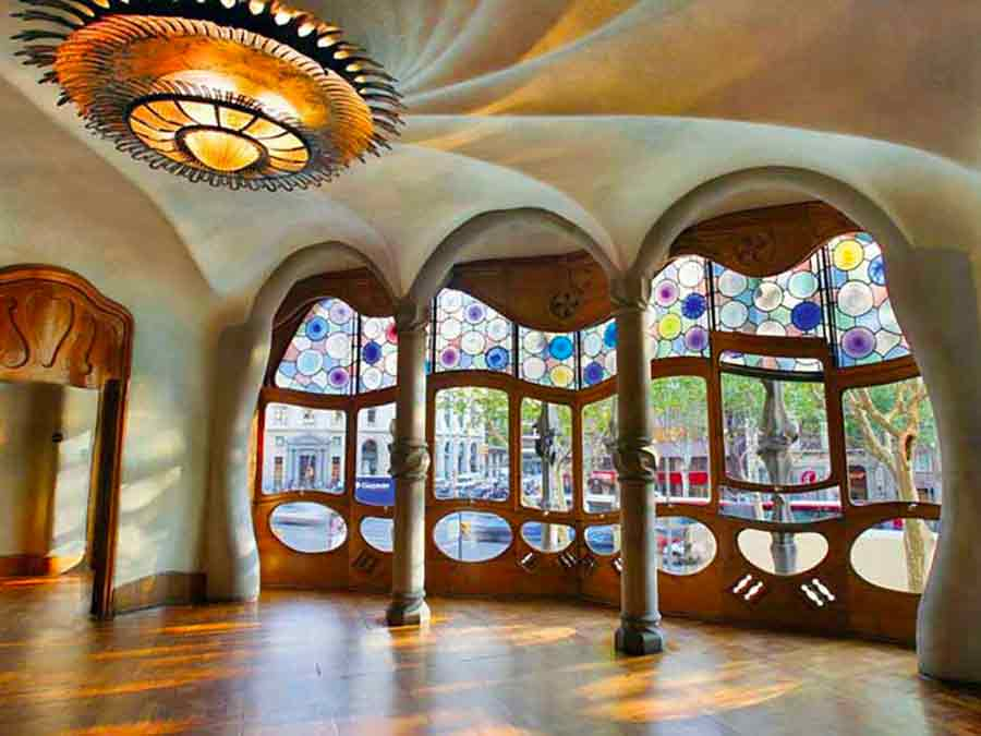 Antoni Gaudi, Casa Batlló Interior of the Noble Floor, photo by Wieslaw Sadurski