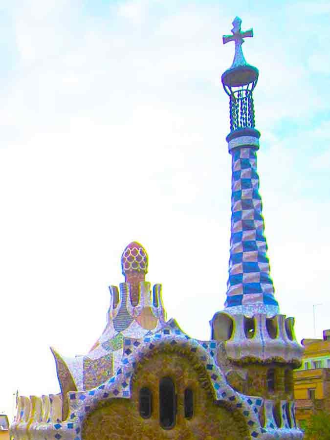 Antoni Gaudi, Park Guell cross at the Park's high-point, photo by Wieslaw Sadurski