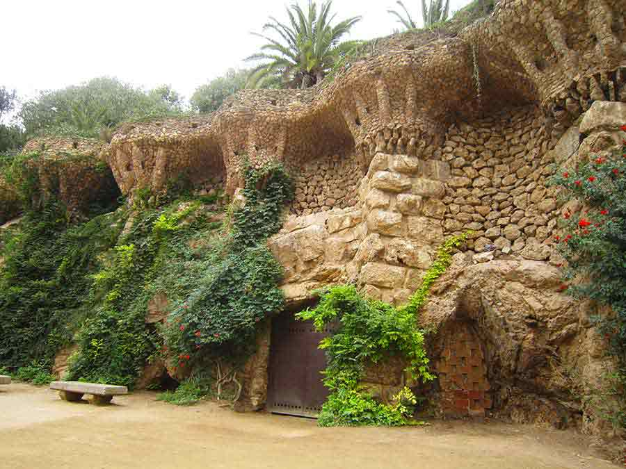 Park Guell bird nests built in the terrace walls, photo by Wieslaw Sadurski