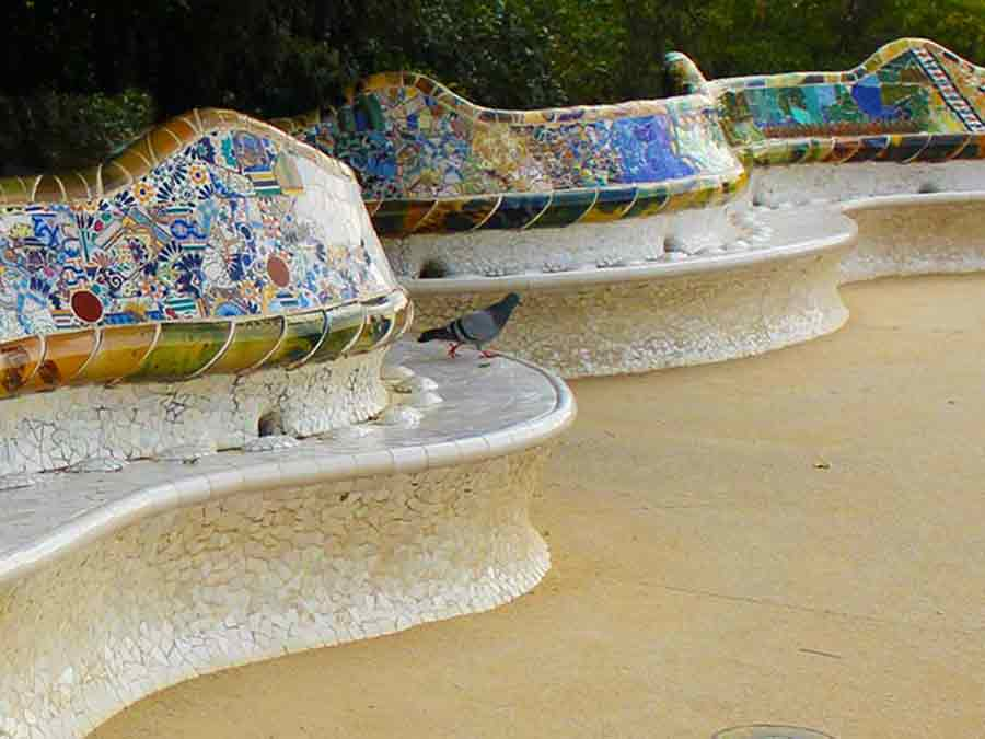 Antoni Gaudi, Park Guell long bench in the form of a sea serpent, photo by Wieslaw Sadurski