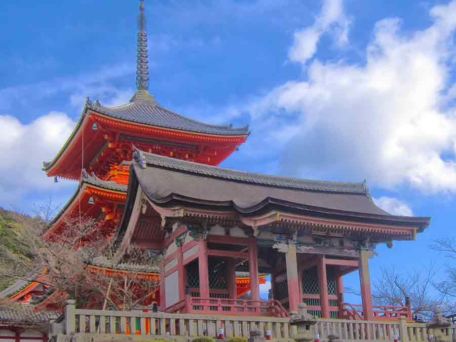 Kiyomizu-dera Temple in Kyoto, photo by Wieslaw Sadurski