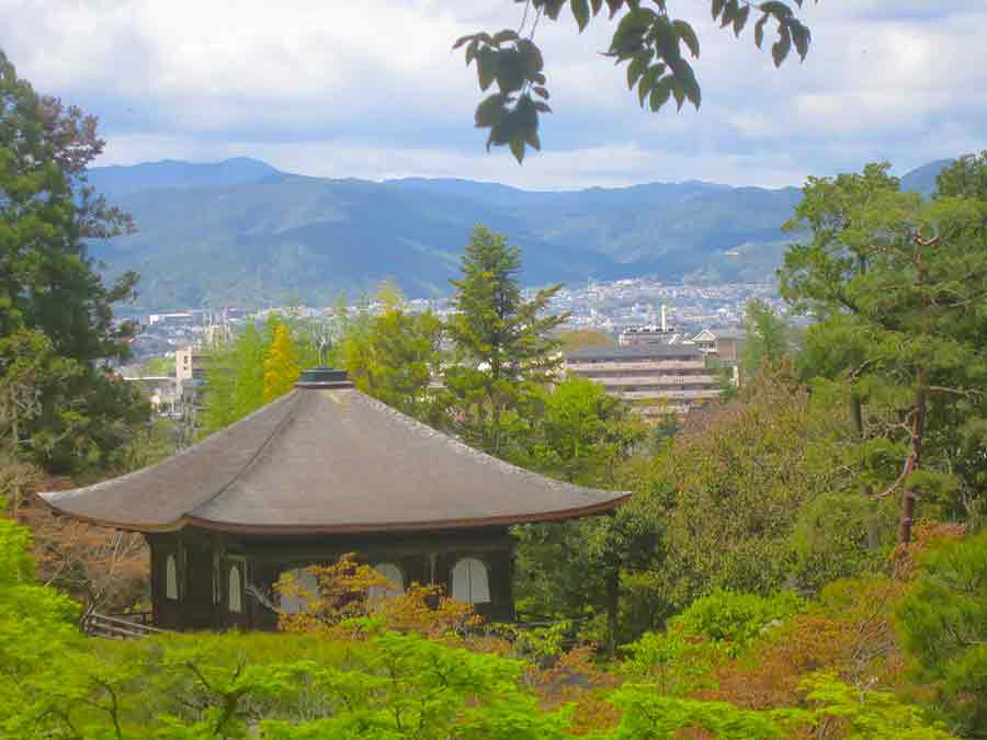 ginkakuji tempel kyoto and kyoto view photo by Wieslaw Sadurski