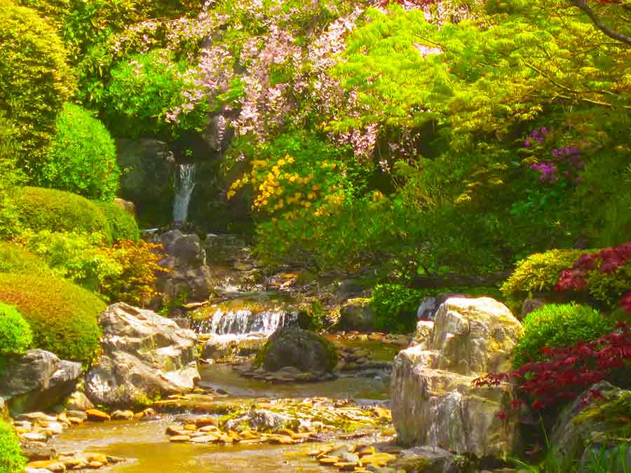 Myōshin-ji Zen Garden waterfall landscape, photo by Wieslaw Sadurski